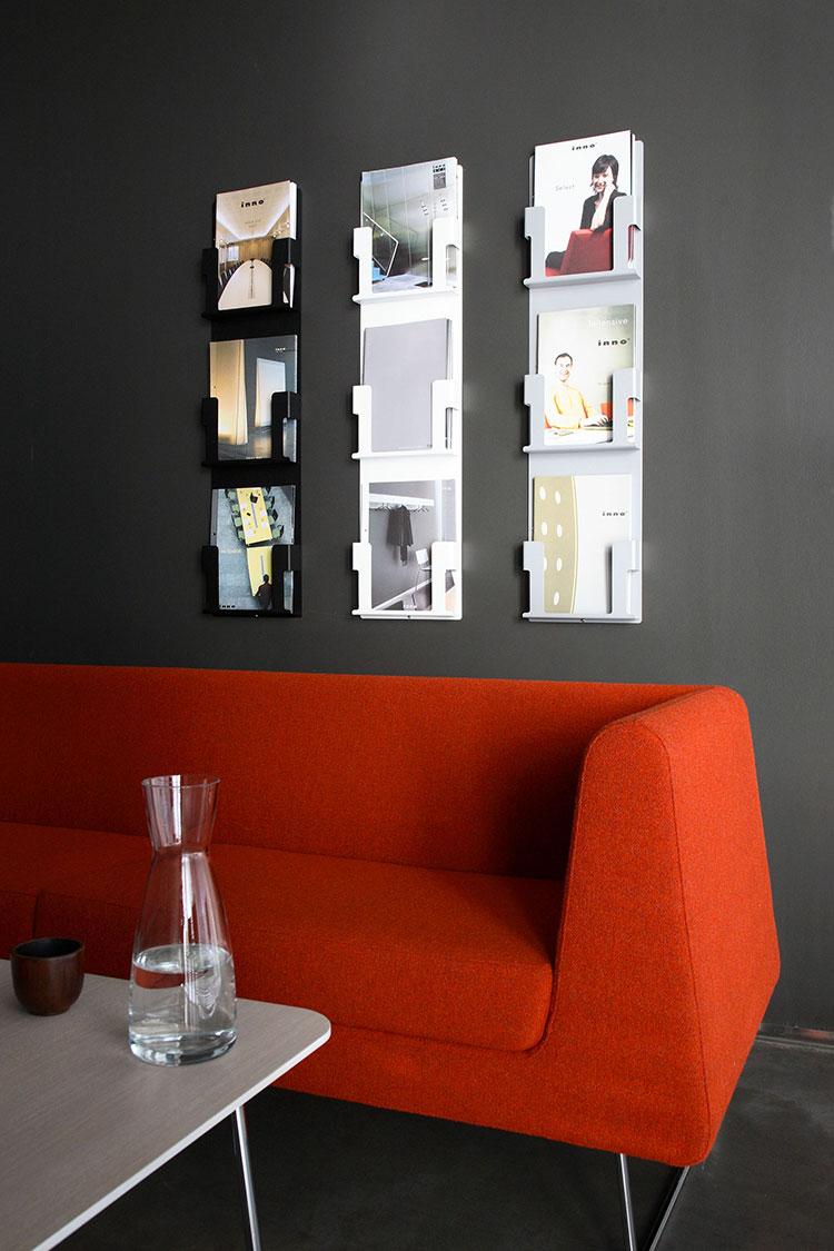Modello di portariviste da parete dal design moderno n.05