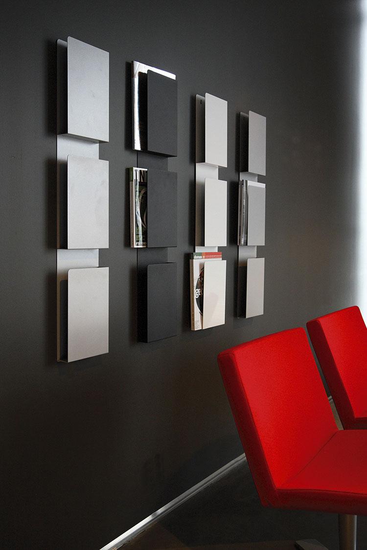 Modello di portariviste da parete dal design moderno n.06