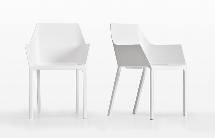 Sedie da esterno moderne in plastica n.04