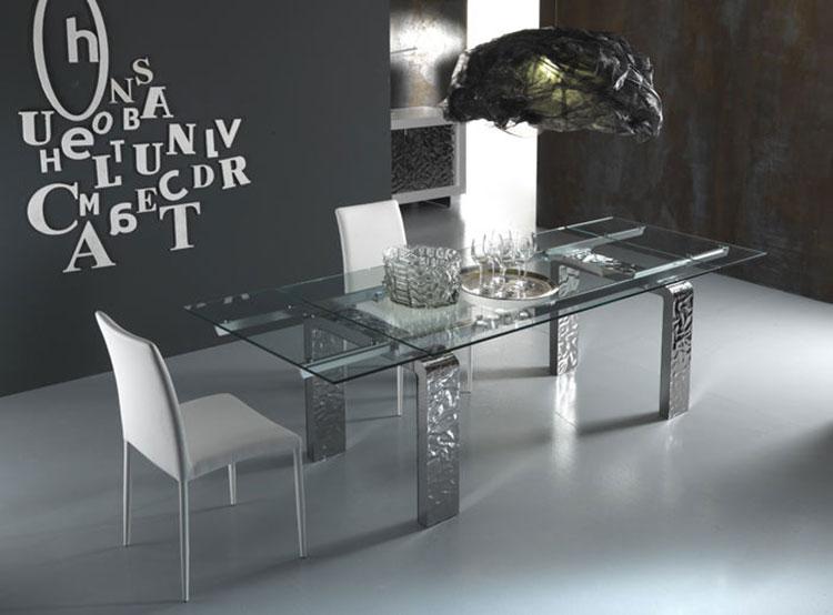 Modello di tavolo in vetro allungabile dal design moderno n.08