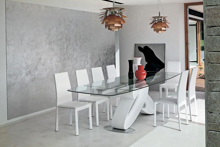 Modello di tavolo in vetro allungabile dal design moderno n.13