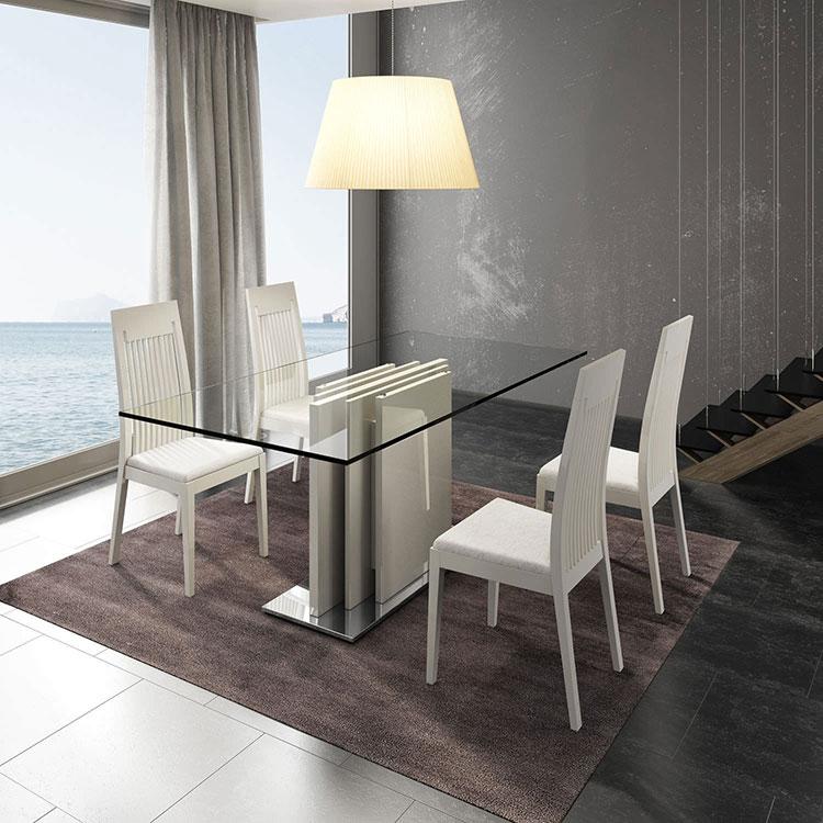 Modello di tavolo in vetro allungabile dal design moderno n.24