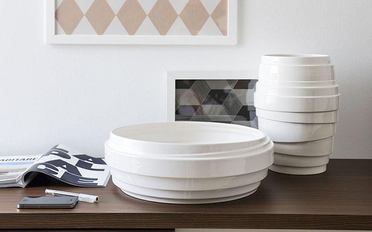 30 stupendi vasi in ceramica dal design moderno for Oggettistica design moderno