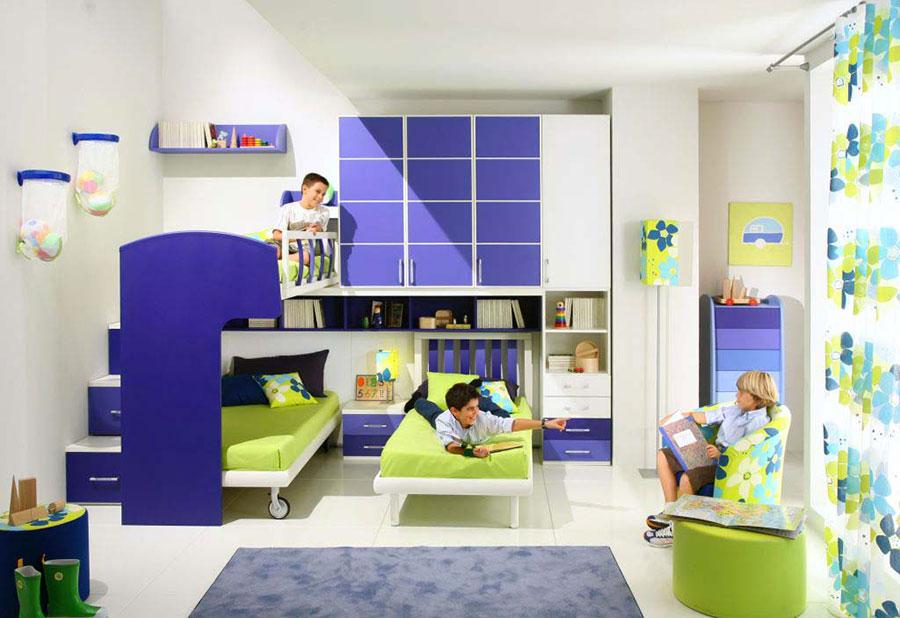 Idee di arredo per camerette dei bambini con tre letti n.02