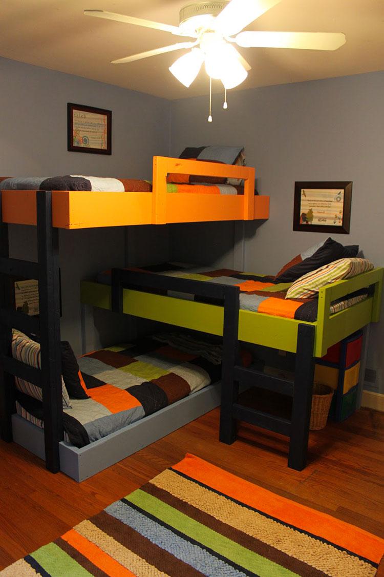 Idee di arredo per camerette dei bambini con tre letti n.10