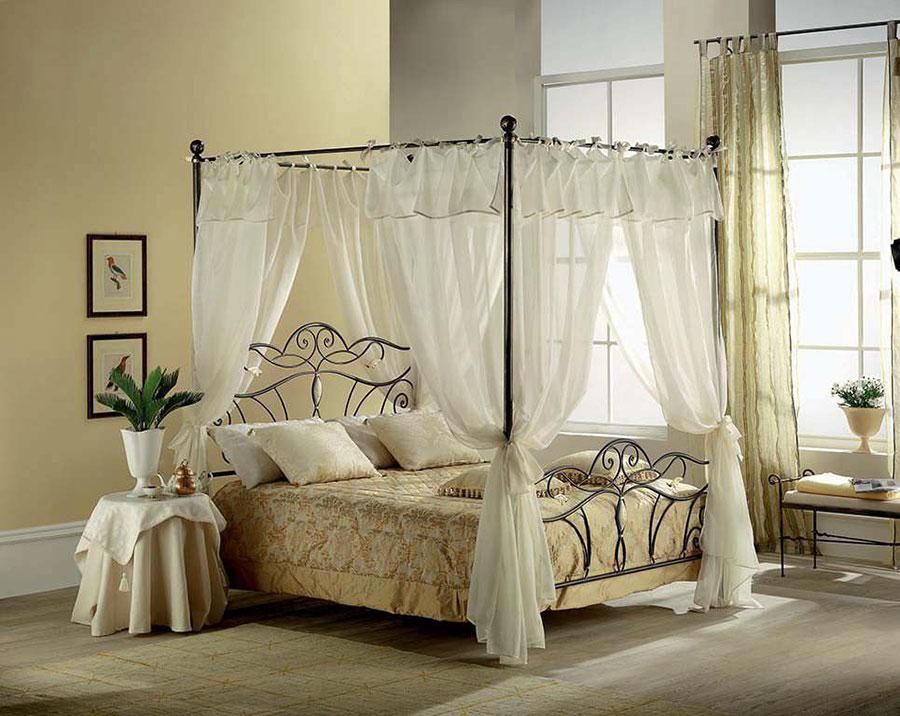 Letti shabby chic 35 idee per arredare in stile - Camera da letto con baldacchino ...