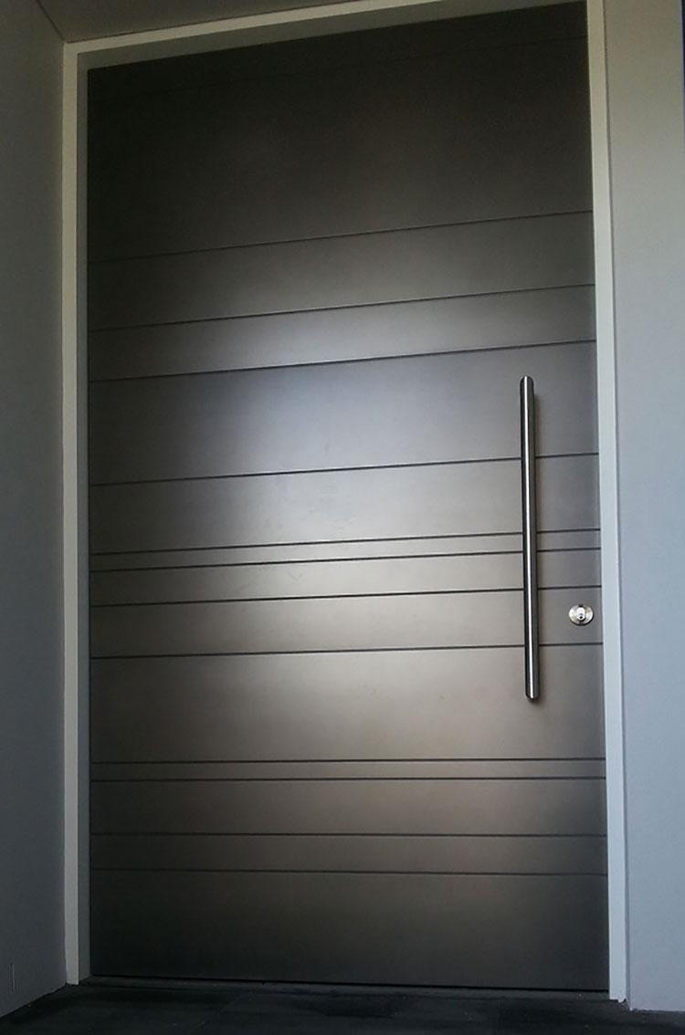 Porta di ingresso dal design moderno n.12