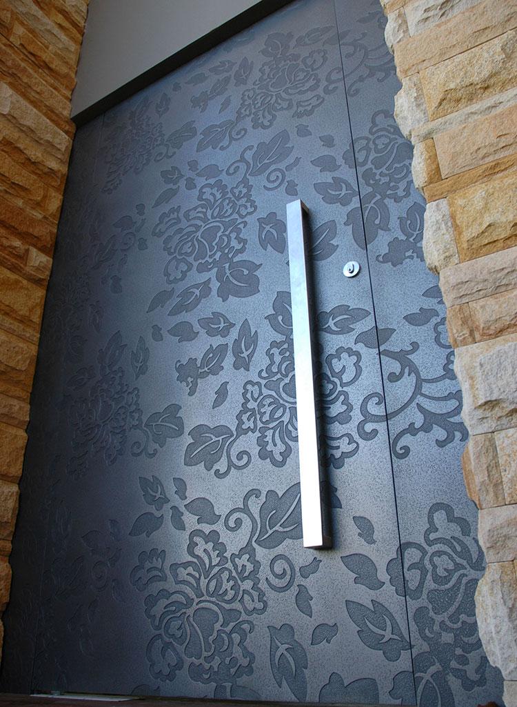 Porta di ingresso dal design moderno n.13