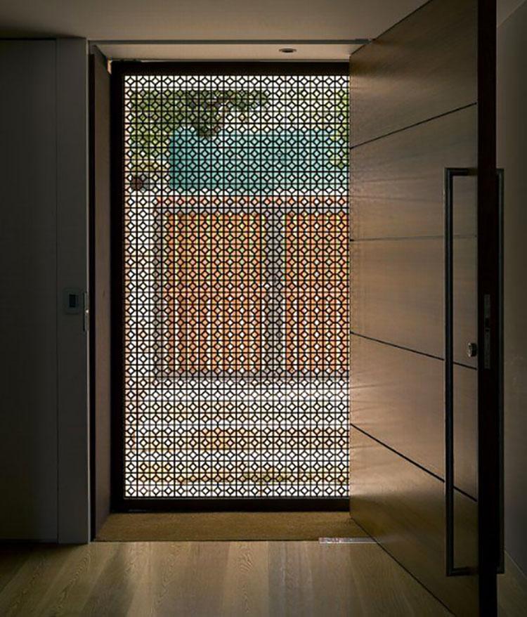 Porta di ingresso dal design moderno n.24