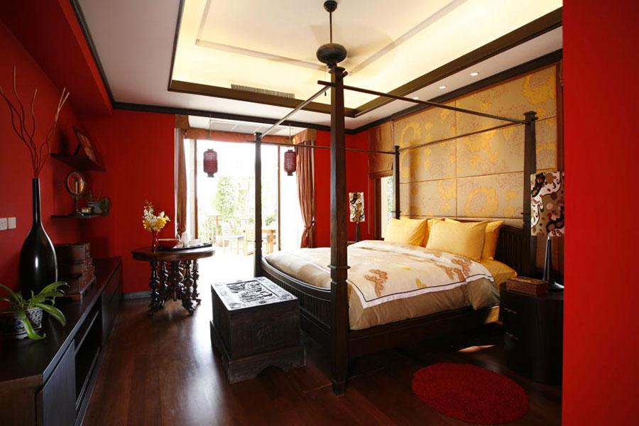 Camera da letto con pareti rosse n.5
