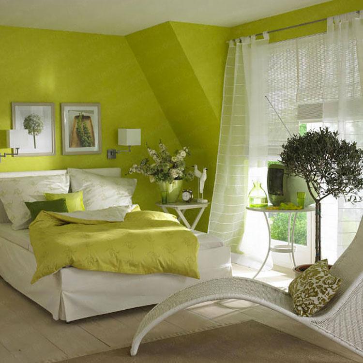 Camera da letto con pareti verdi n.4