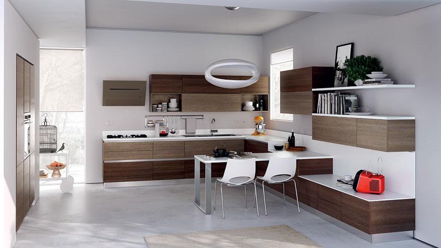 Modello di cucina bianca e legno moderna n.28