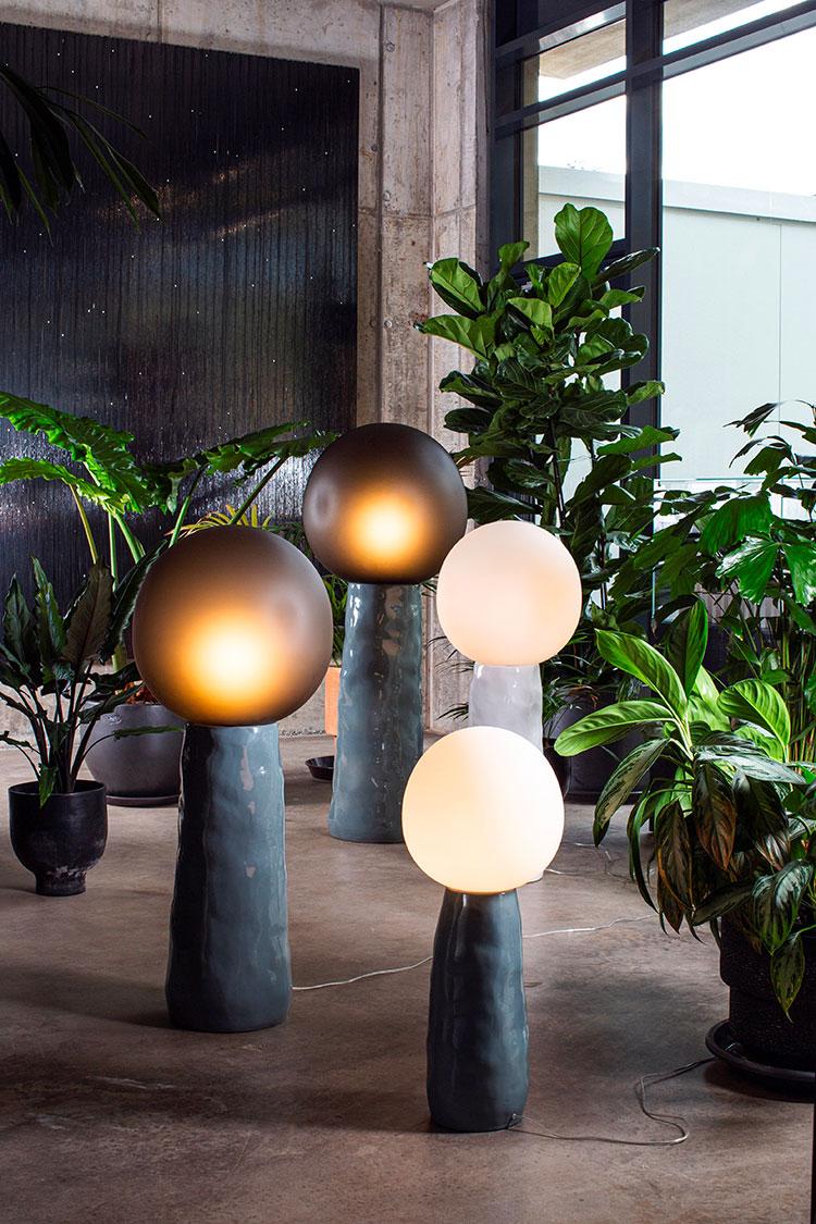 Modello di lampada da terra dal design particolare n.31