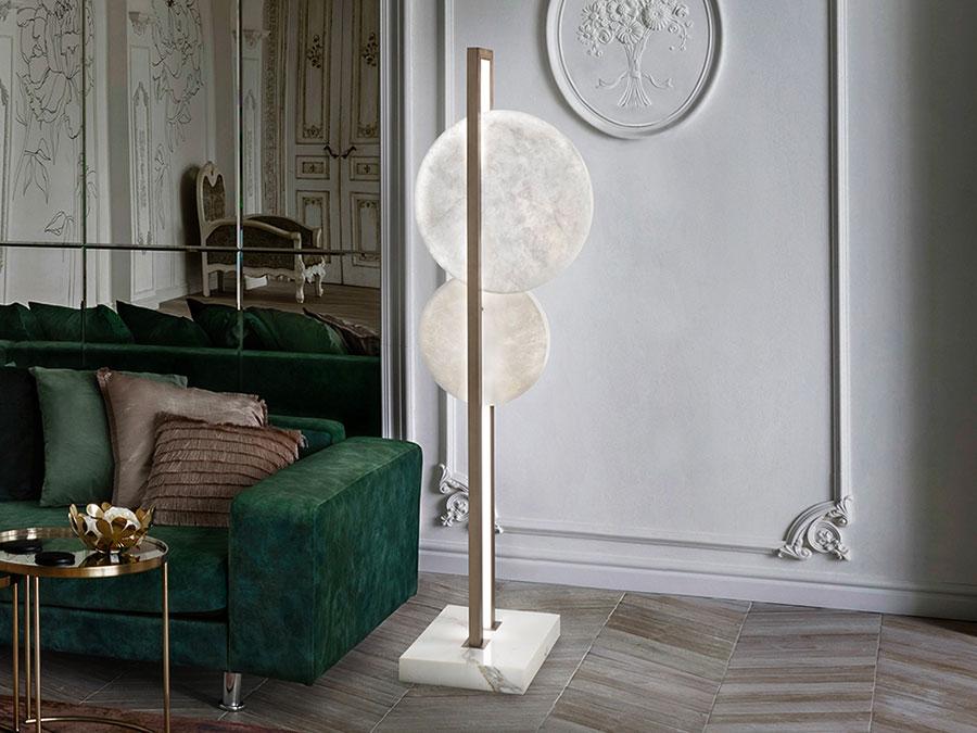Modello di lampada da terra dal design particolare n.39
