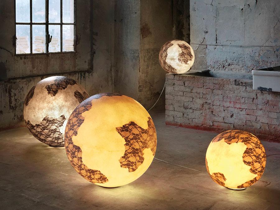 Modello di lampada da terra dal design particolare n.40