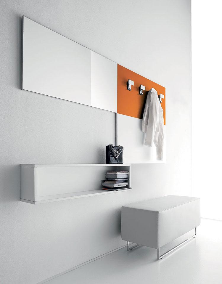 Modello di mobile per ingresso con specchio dal design moderno n.07