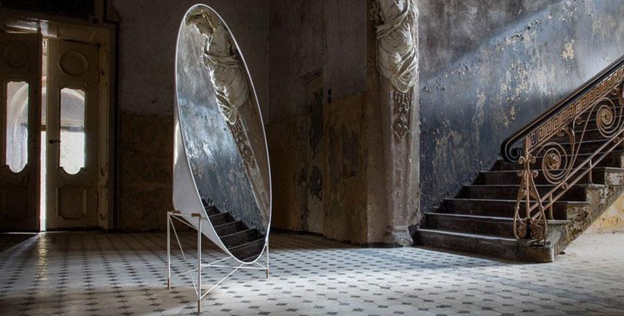 Specchio da terra di design
