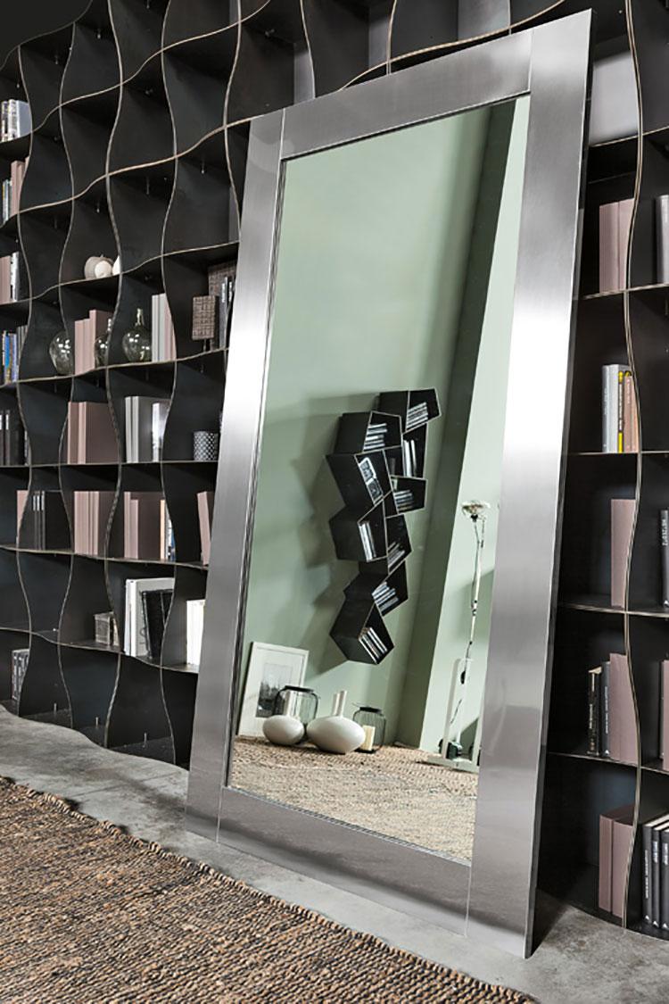 Modello di specchio da terra dal design moderno n.09
