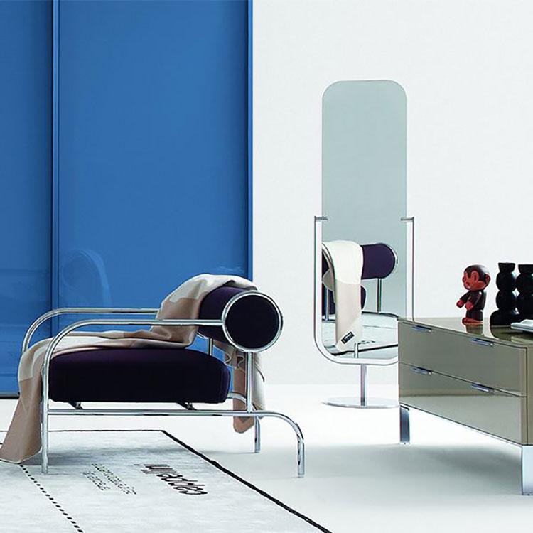 Modello di specchio da terra dal design moderno n.23