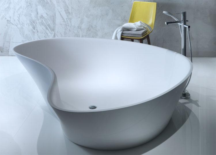 Vasca da bagno irregolare a libera installazione n.14
