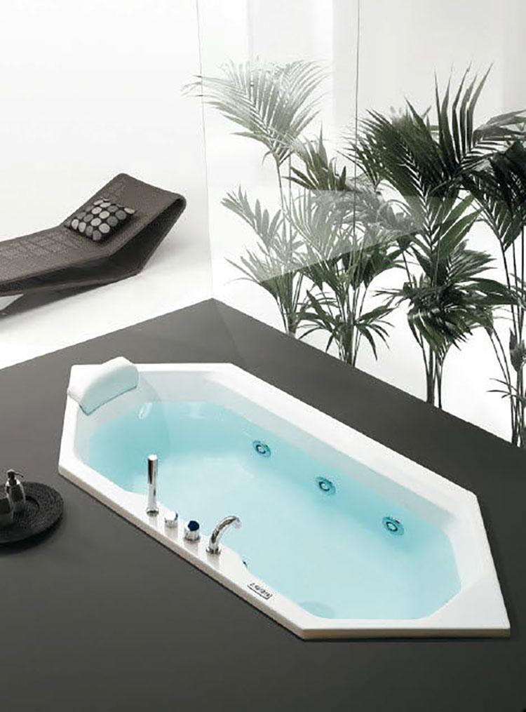Vasca da bagno irregolare a incasso n.17
