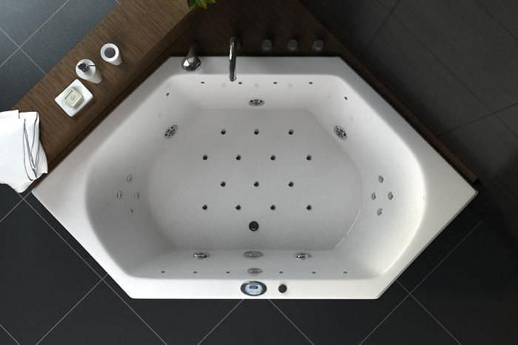 Vasca da bagno irregolare a incasso n.20