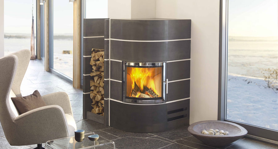 camini ad angolo moderni 15 modelli dal design elegante. Black Bedroom Furniture Sets. Home Design Ideas