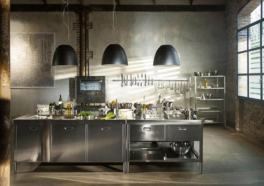 Cucina in acciaio moderna in stile industriale n.10