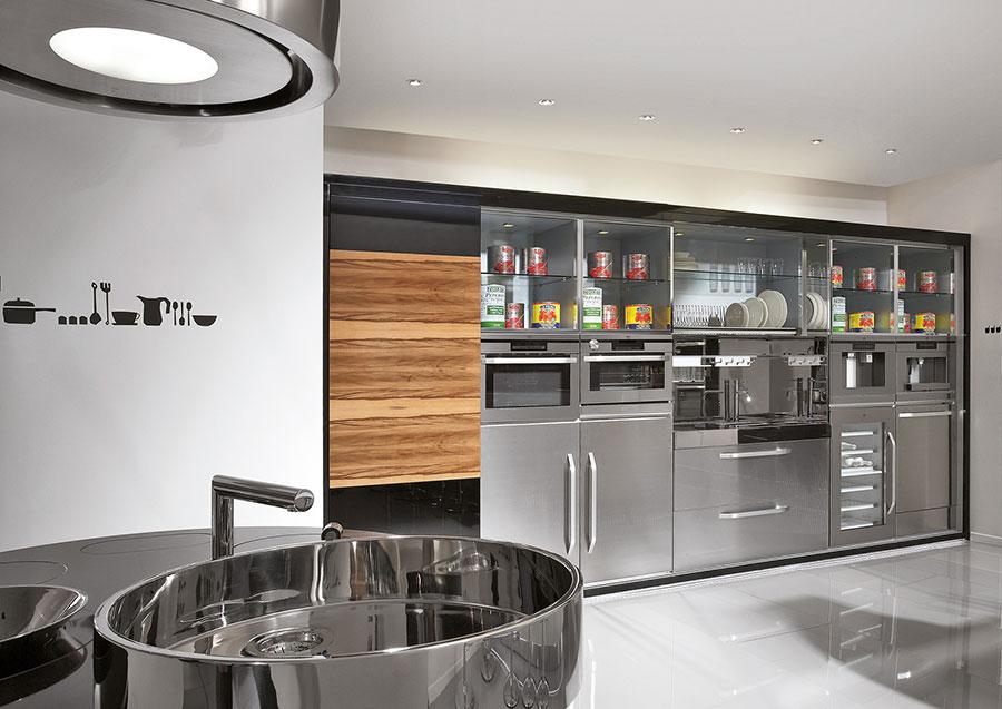 Cucina in acciaio moderna in stile industriale n.16