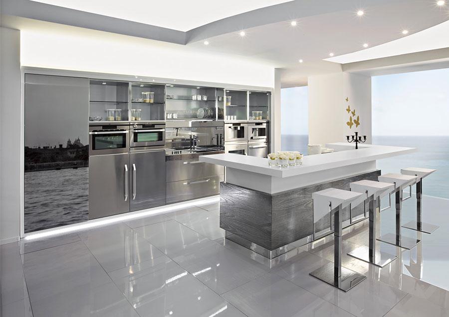 Cucina in acciaio moderna in stile industriale n.17