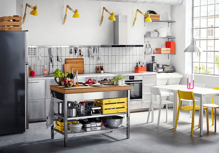 Modello di cucina in acciaio di Ikea n.01