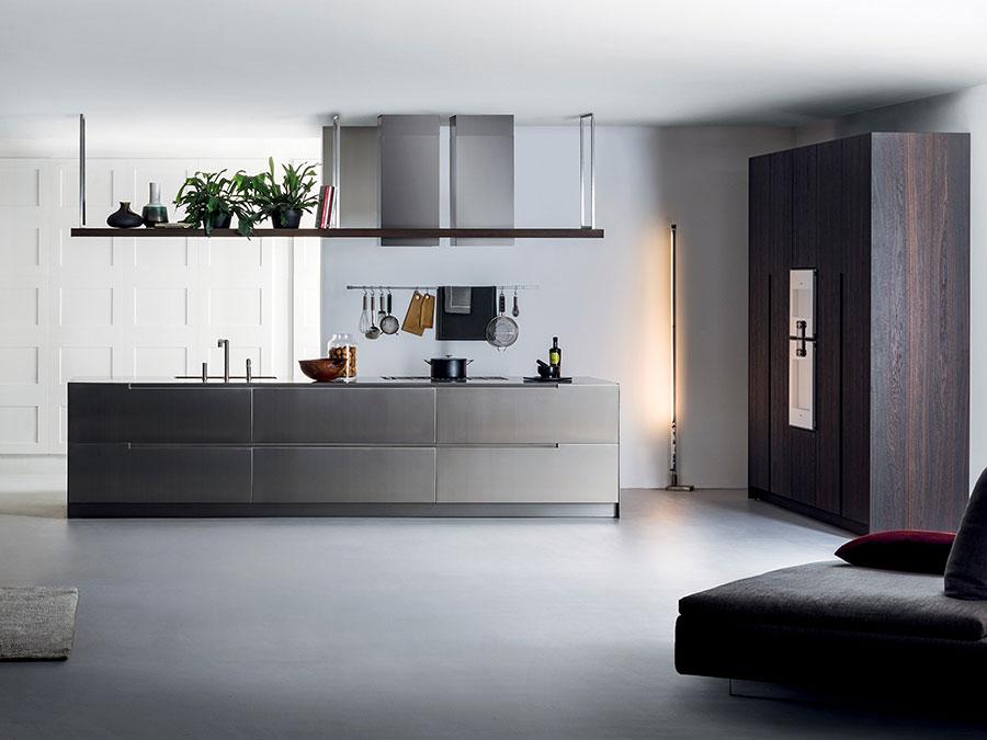 Modello di cucina in acciaio inox n.04
