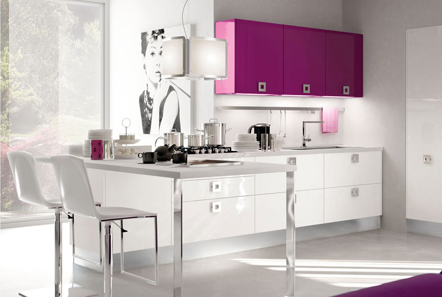 Modello di cucina viola n.10
