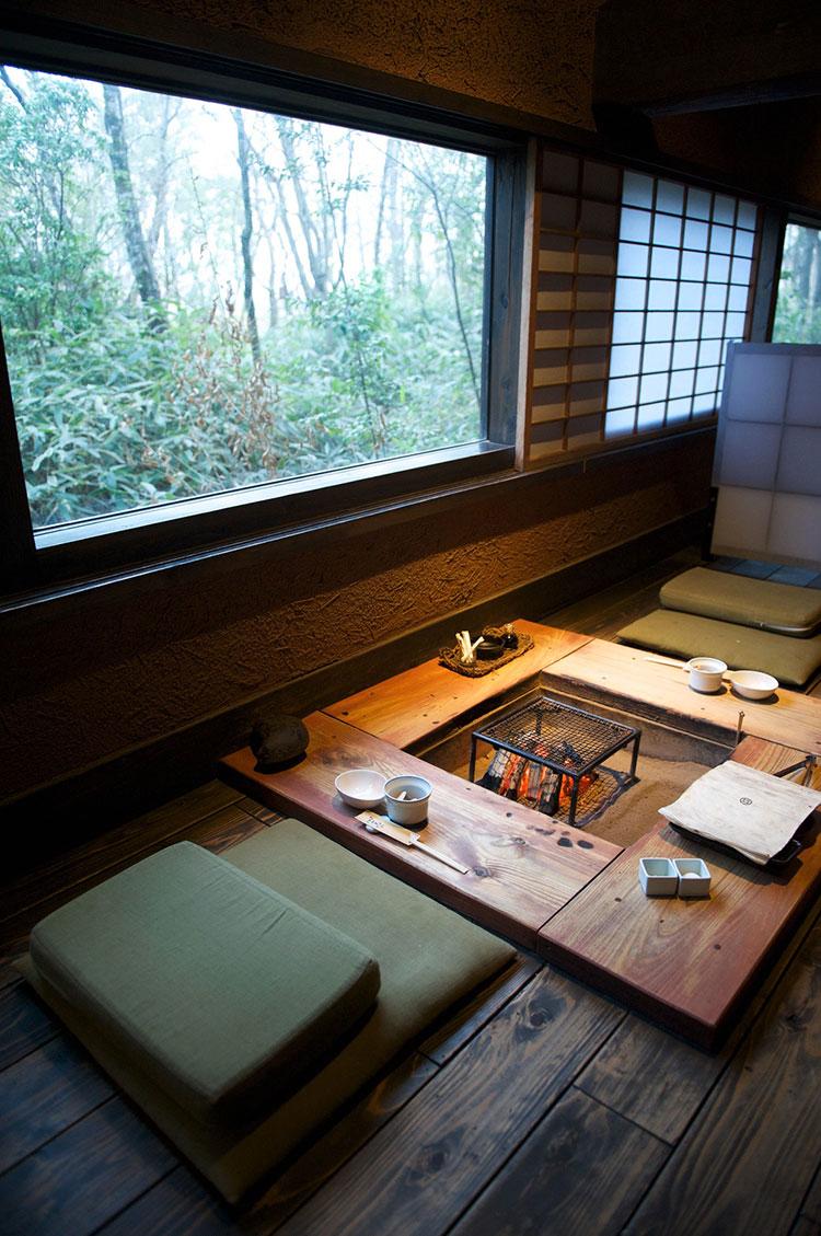 Sala da pranzo arredata in stile giapponese n.02