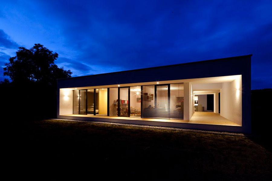 Progetto di casa prefabbrica in legno dal design moderno n.01