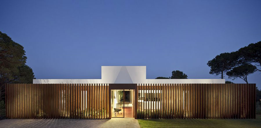Progetto di casa prefabbrica in legno dal design moderno n.12