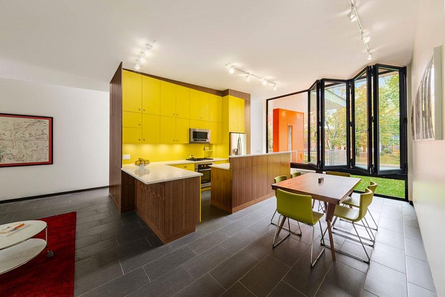 Cucina gialla dal design moderno n.04