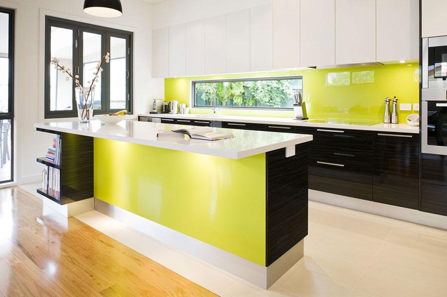 Cucina gialla dal design moderno n.17