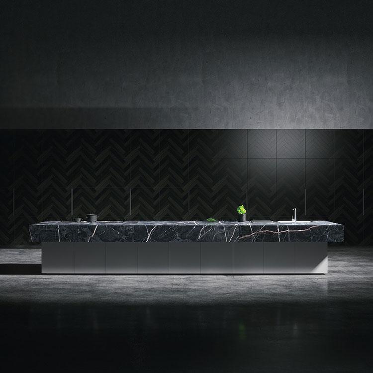 Modello di cucina con top, piani e rivestimenti in marmo n.12