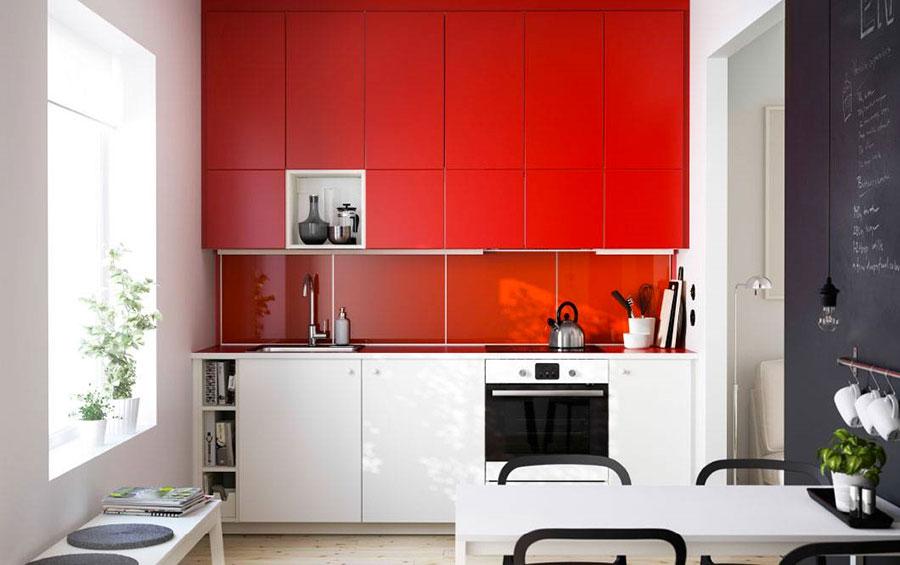 Modello di cucina rossa Ikea n.01