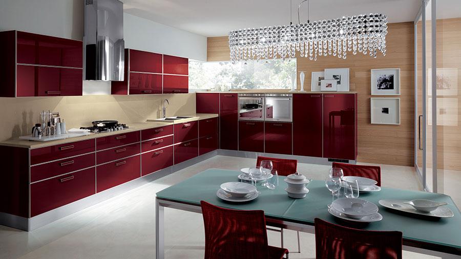 Modello di cucina rossa dal design moderno n.07