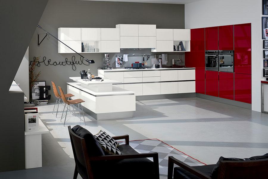 Modello di cucina rossa dal design moderno n.16