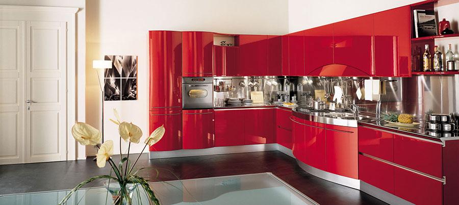 Modello di cucina rossa dal design moderno n.24