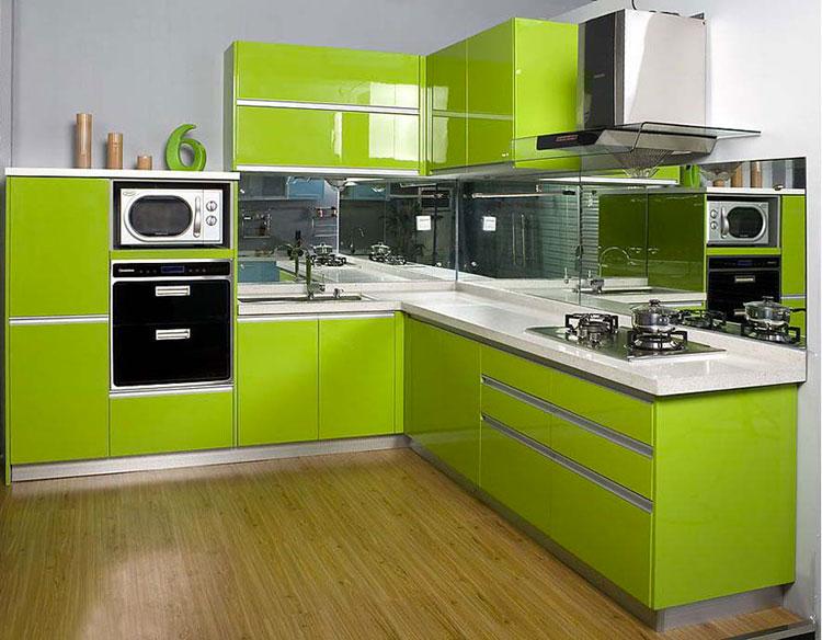 Modello di cucina verde dal design moderno n.02