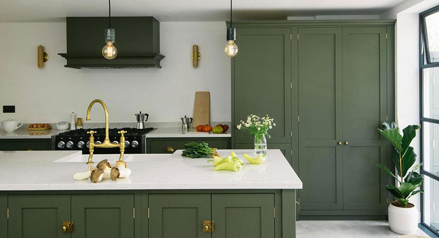 Idee cucina verde scuro n.02