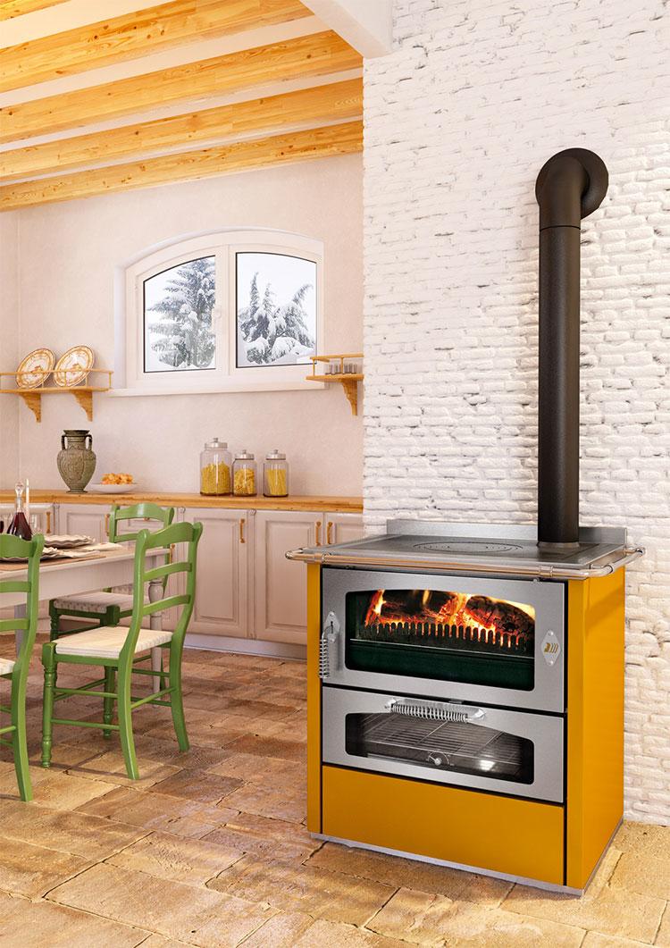 30 modelli di cucine a legna con forno integrato - Cucina a legna economica ...