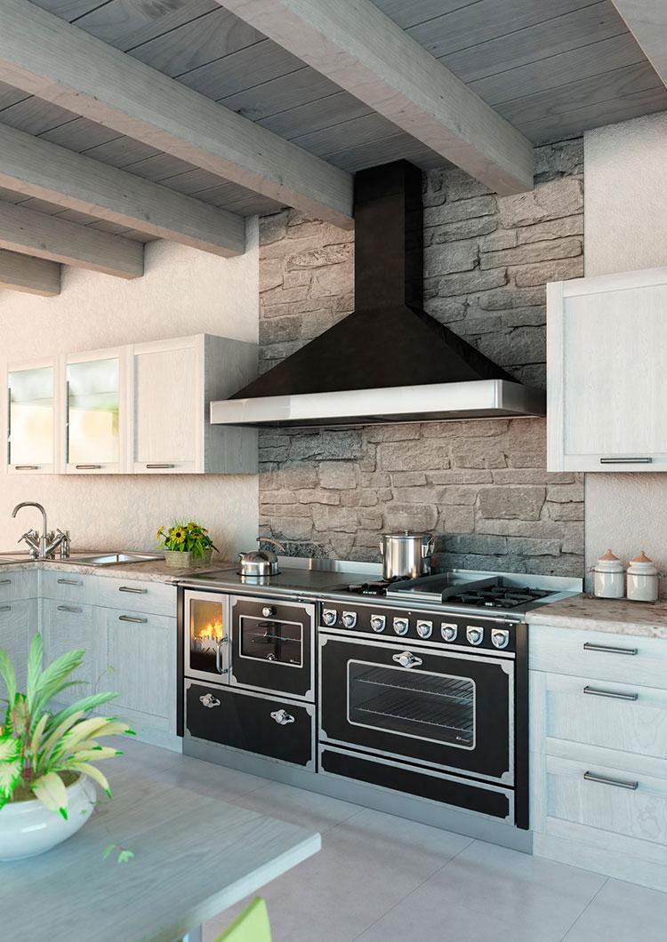 Modello di cucina a legna con forno integrato n.10