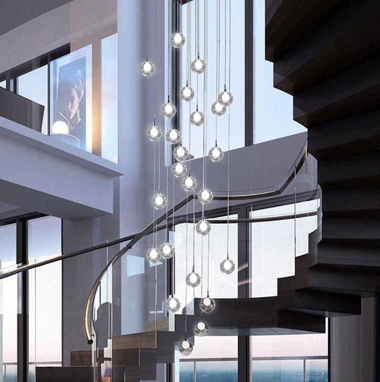 Idee per lampadari a sospensione per scale interne n.02