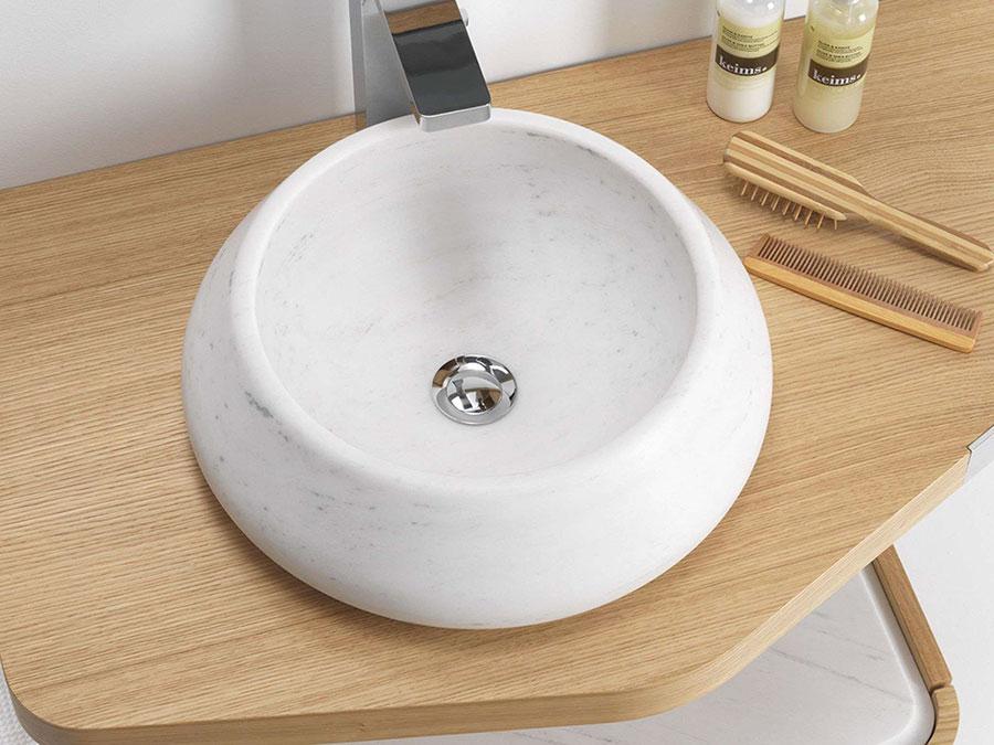 Modello di lavabo bagno in pietra da appoggio originale n.02
