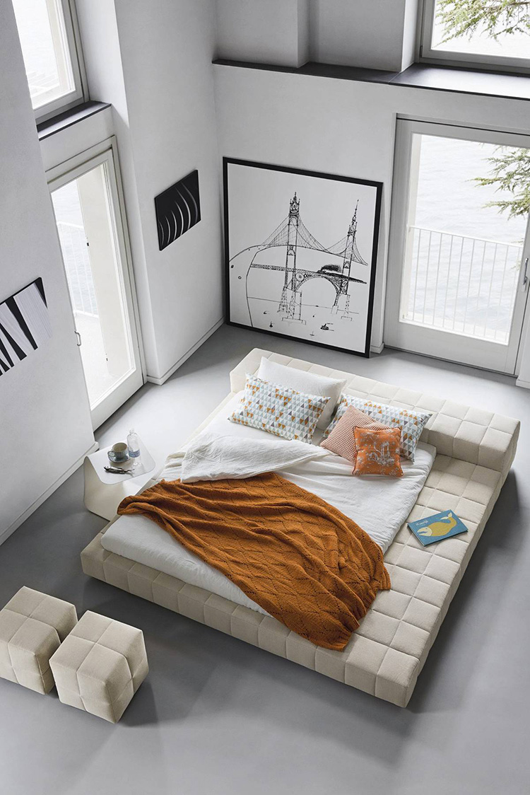 Idea di arredamento minimal essenziale per la camera da letto n.27